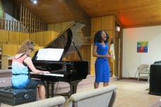 singer-in-blue-dress-2