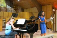 singer-in-blue-dress